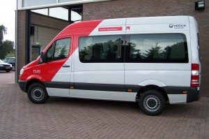 auto3-300x199